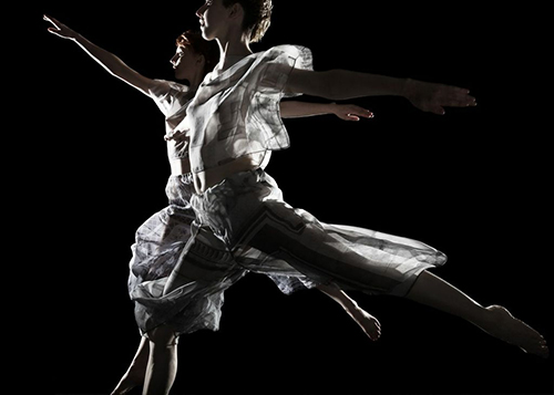 [Trisha Brown Dance Company] Set and ResetPhoto by Stephanie Berger