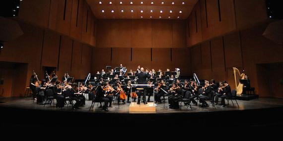 """[Mahler's Symphony No. 1,""""Titan""""]"""