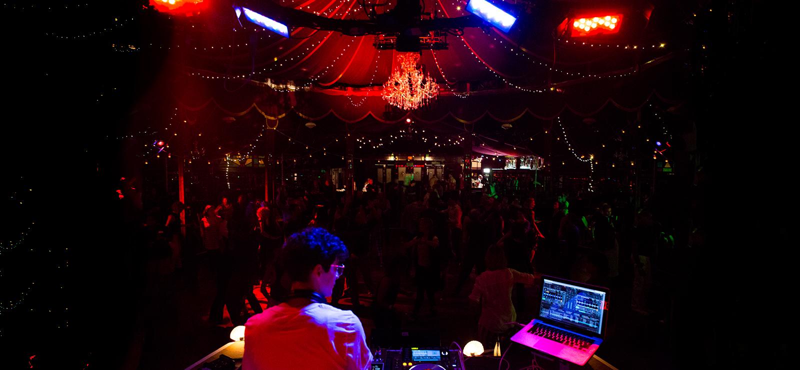 [Spiegeltent After Hours] DJ JD Samson by Maria Baranova