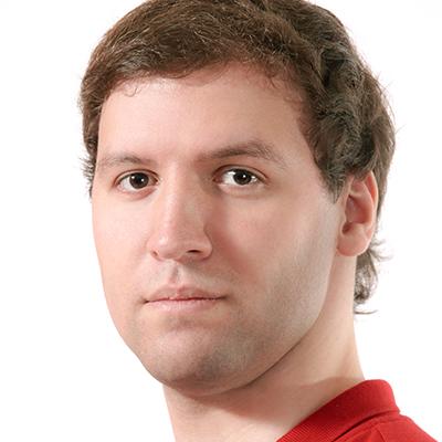 Aleksander Nesterenko as Sinodal