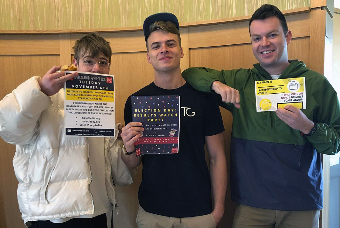 During the weekend of November 3–4, Election@Bard and the Office of Residence Life hosted Donuts for Democracy events in eight residence halls, where residents learned about their candidates and filled out pledge to vote cards. Photo courtesy of @electionatbard on Instagram.