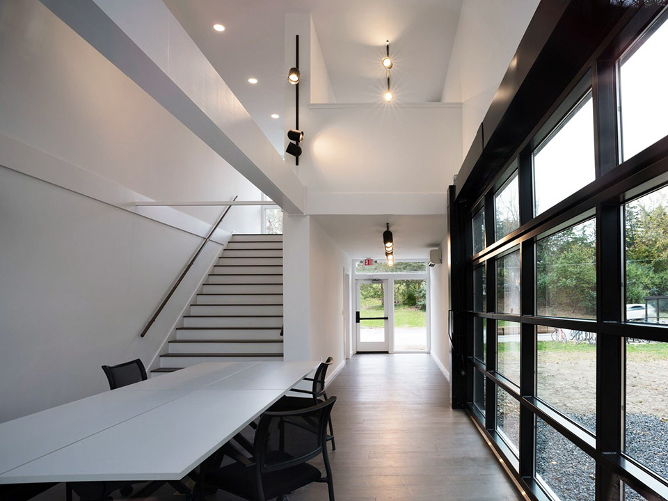 Interior of New Annandale House. Photo: (c) MB Architecture.