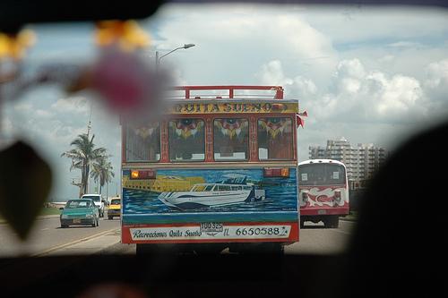 Autobus colombiano, por Aitor Méndez
