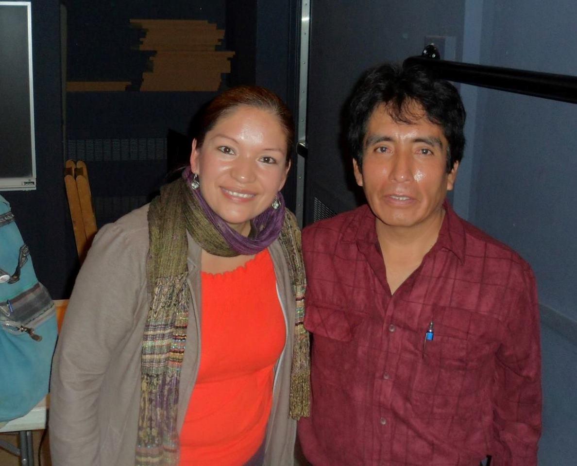 Antonio junto a la activista mexicana Elvira Arellano, durante una presentación en Bard College.