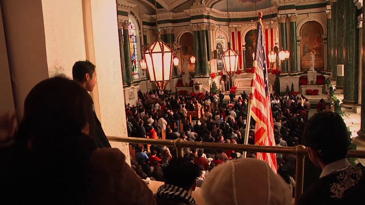 La Virgen de Guadalupe en la Iglesia de San Patricio, o cómo conviven irlandeses y mexicanos en Estados Unidos.