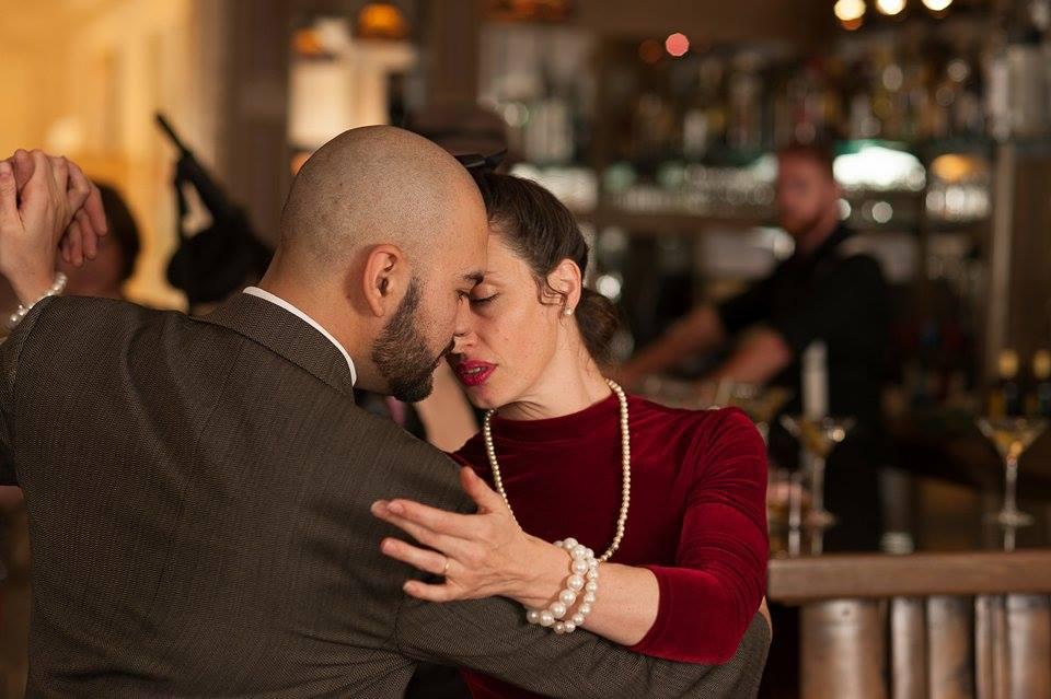 <em>Maia Martínezy David Salvatierra bailando tango, foto deCarlCoxStudios</em>