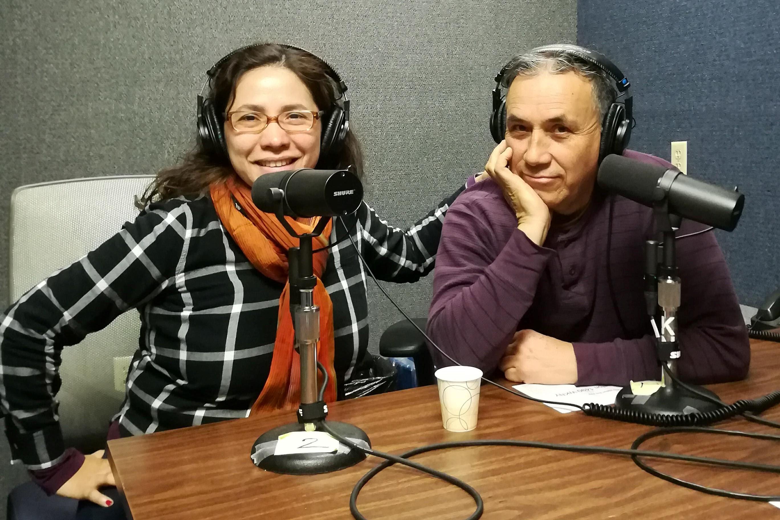 La Voz Launches Daily Radio Show in Kingston