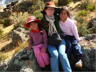 Kate con dos amiguitas aucarinas